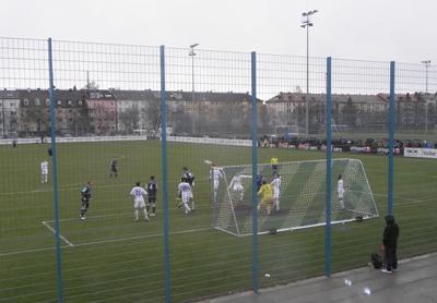 Sieg gegen Aschaffenburg! Die U21 ist punktgleich mit dem Tabellenführer.