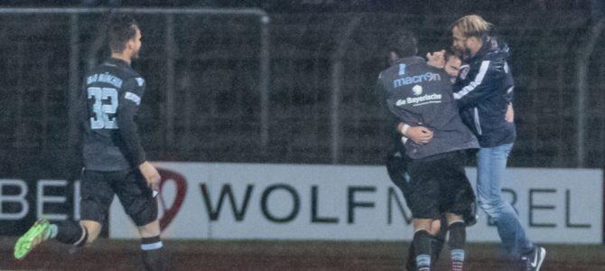 U21 gewinnt die Wasserschlacht in Schweinfurt